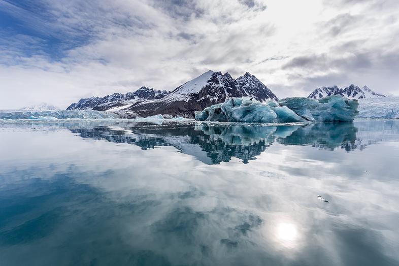 Monacobreen, Svalbard (Spitzbergen), Arctic - Photo by Lauri Novak - Happier Place
