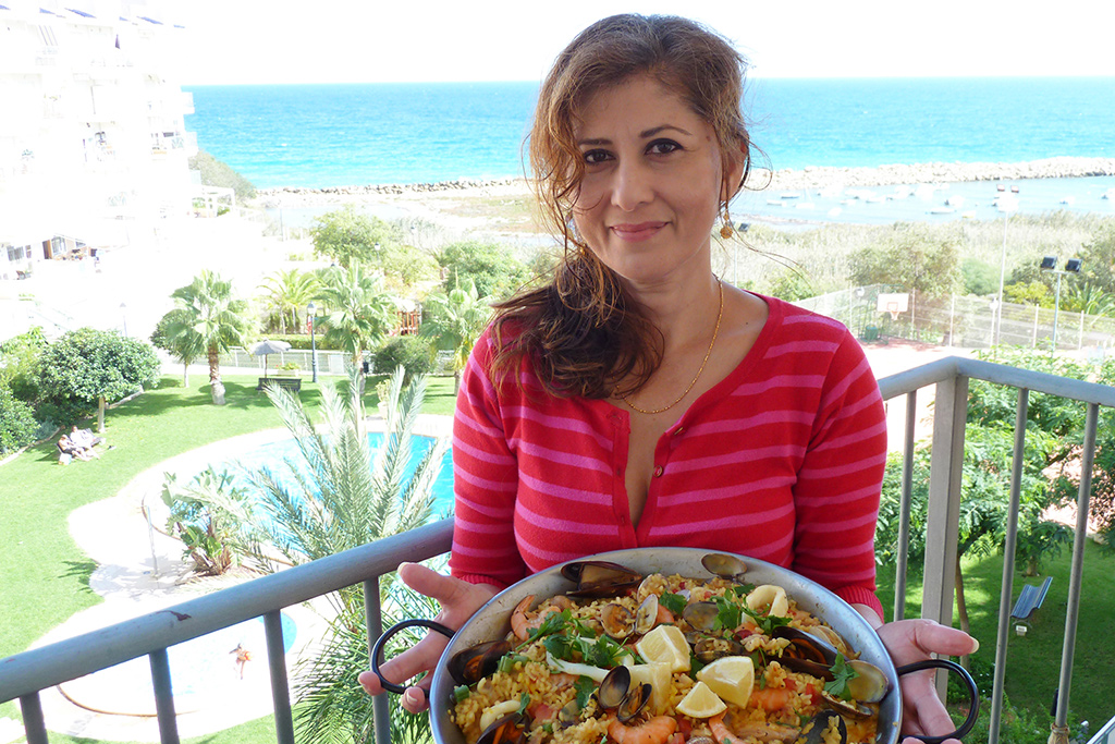 Chef, Cookery Teacher and Food Blogger Azlin Bloor of LinsFood - Happier Place