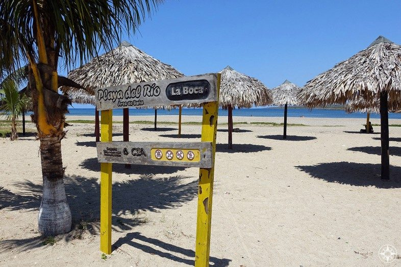 Playa del Rio features a few thatch umbrellas to turn this Happy Place into a Happier Place.