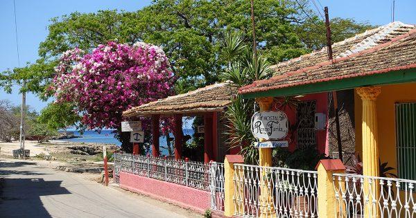 Hostal Rancho Florida - Colorful casa particular in La Boca, Cuba.