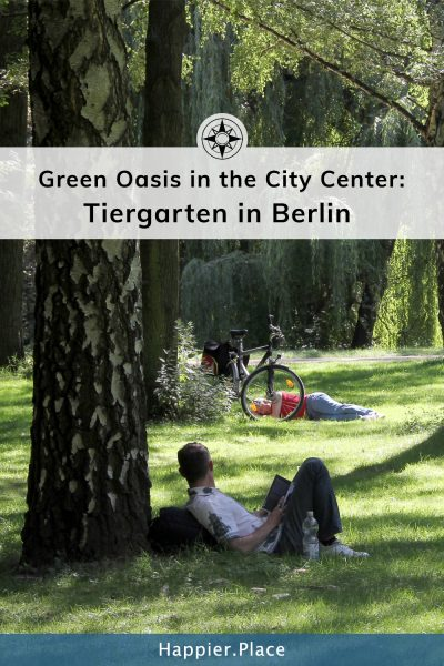 Man, reading, park, Berlin, Tiergarten, bike
