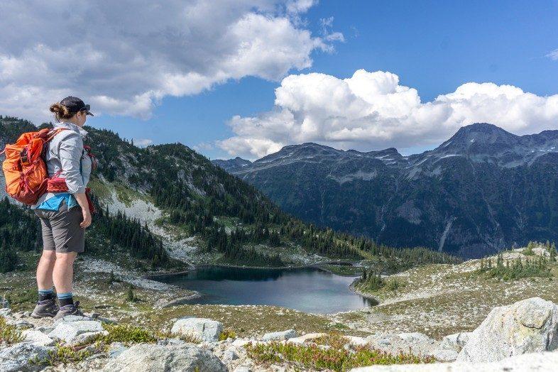 HappiestOutdoors Taryn Eaton hike above Russet Lake Vancouver
