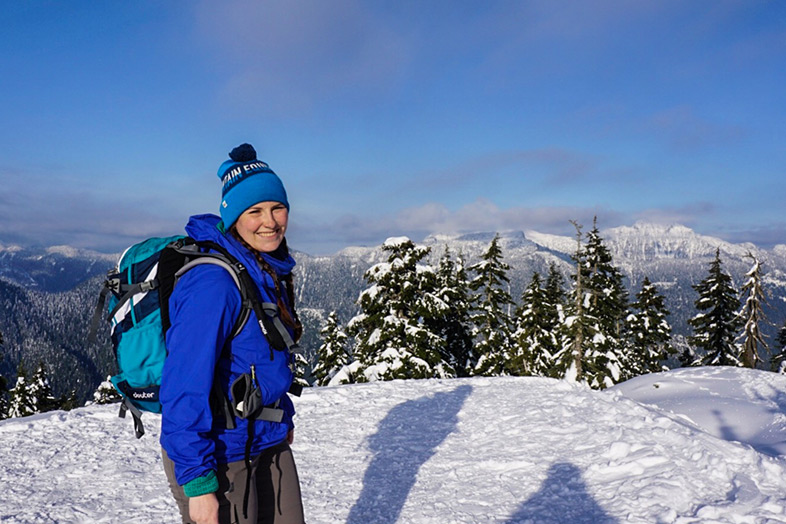 HappiestOutdoors Taryn Eyton snow mountain hike