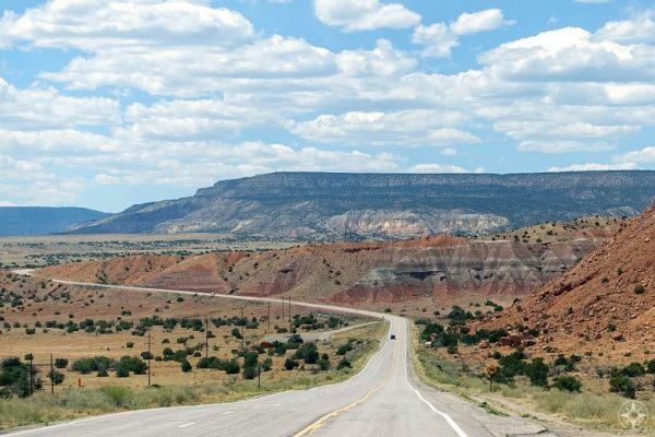 New Mexico road through colorful rocks from Abiquiu to Ghost Ranch