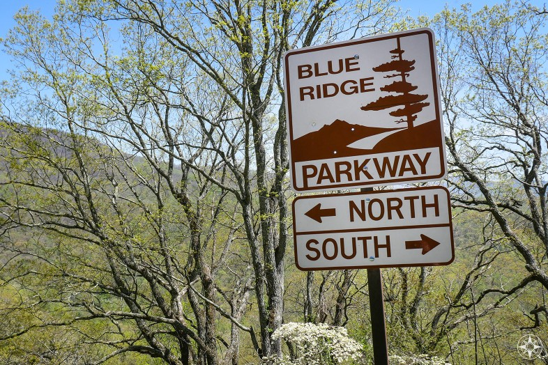 Blue Ridge Parkway, street sign, north, south, arrow, mountain, HappierPlace