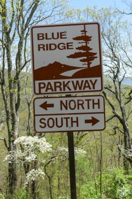 Iconic Blue Ridge Parkway sign, north, south