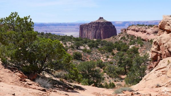 Heading towards the False Kiva on an unmarked trail in Canyonlands.