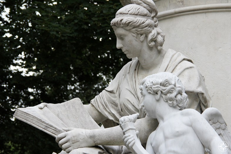 Statue of woman and child angel reading, honoring Goethe, Tiergarten, Berlin