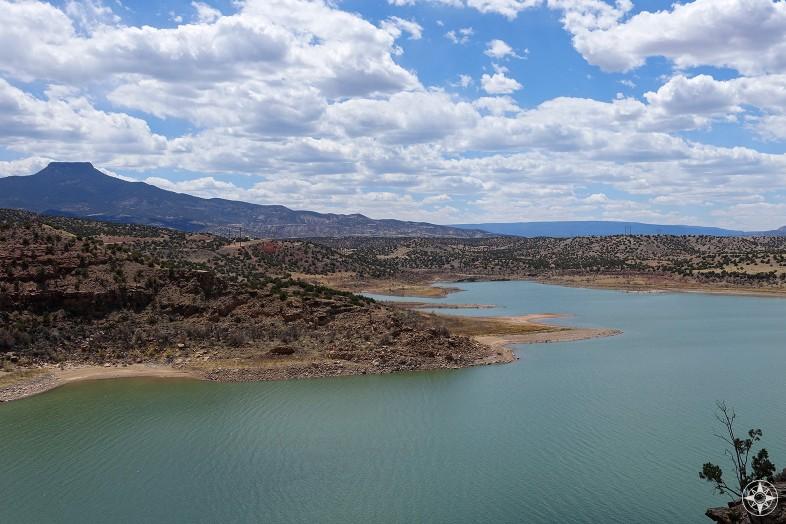 Abiquiu Lake, reservoir, Cerro Pedernal peak, New Mexico