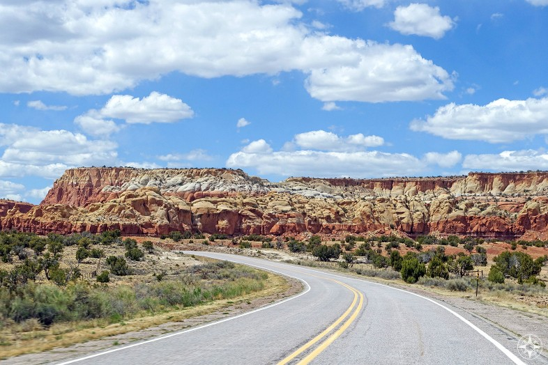 Colorful, natural roadside attractions on the way to Ghost Ranch, New Mexico