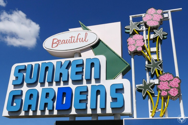 Beautiful Sunken Gardens, St. Petersburg, Florida, oldest roadside attraction sign
