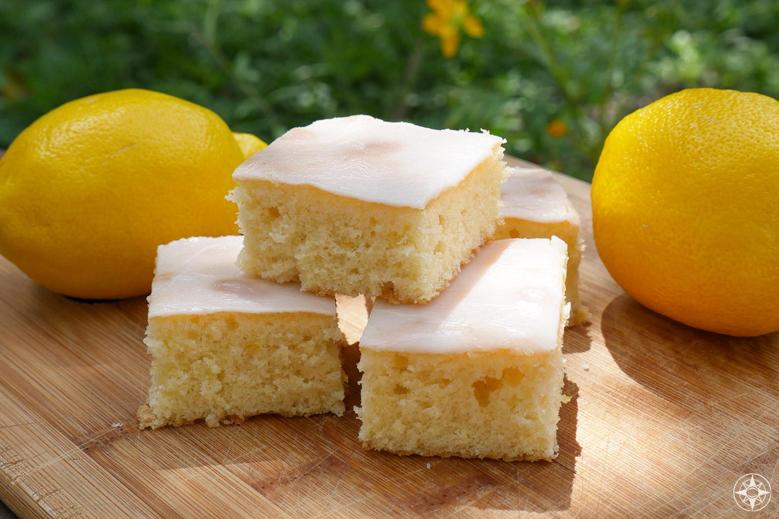 Oma's German lemon sheet cake, Zitronenkuchen, lemon icing, easy, quick, light, airy, picnic-ready - Oma's Rezept, grandma's recipe, deutsch, Kuchen, Happier Place