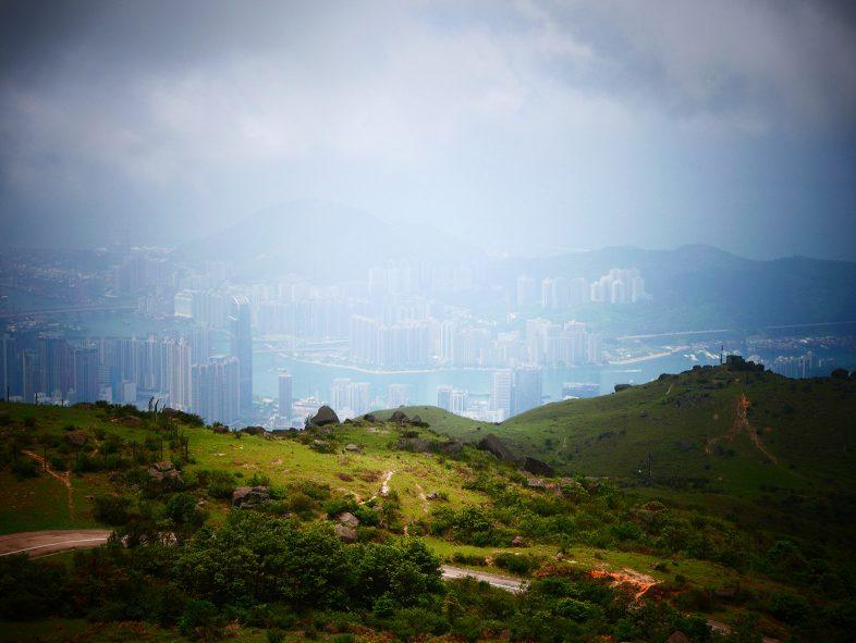 Hong Kong seen from Tai Mo Shan Mountain through haze - Julien Heron